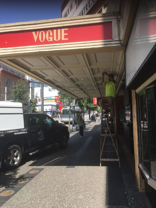 vogue theatre LED lighting