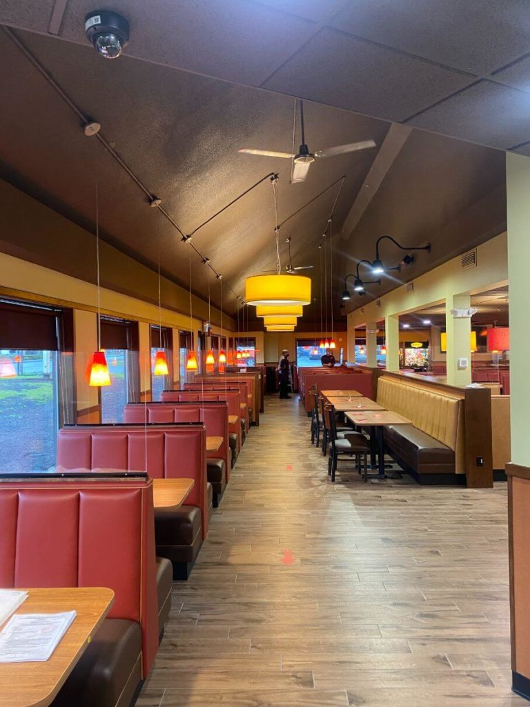 Denny's Interior - Tenant Improvements